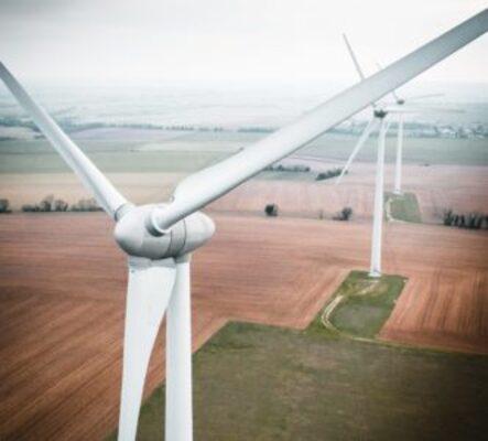 Fédérer tous les acteurs de la formation professionnelle autour de filières d'avenir : le bâtiment et les énergies renouvelables
